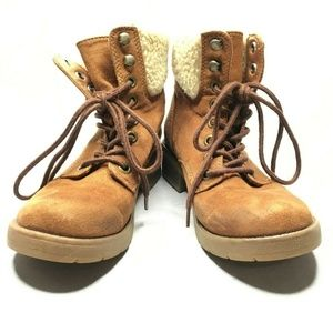 Mossimo Target Lace Up Faux Fur Fall Boots Hiking